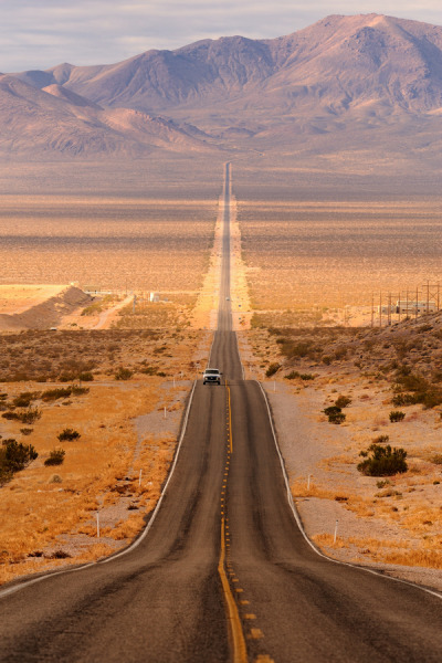 arpeggia:  Glenn Nagel - Long Desert Highway