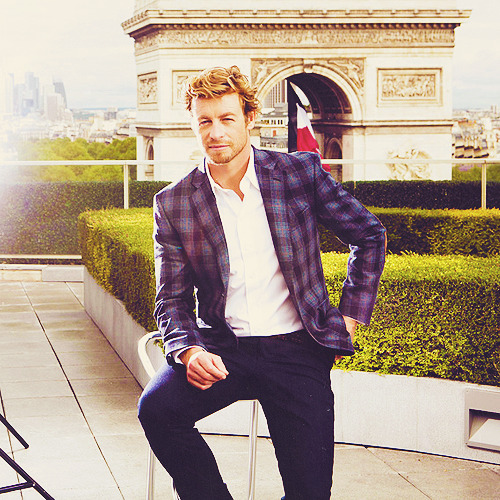 justpayingattention:  76/100 Pictures of Simon Baker.