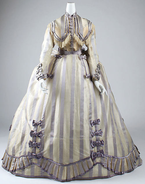 Dress Depret, 1865-1867 The Metropolitan Museum of Art