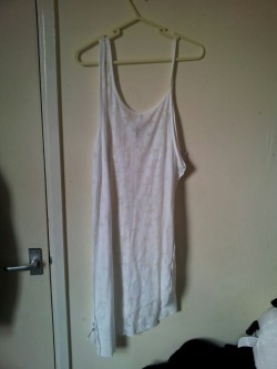 Topshop cross dress, size 14. will fit size 12/14/16. Never worn, only just gone out of stock at Topshop. RRP - £22 from me - £10.