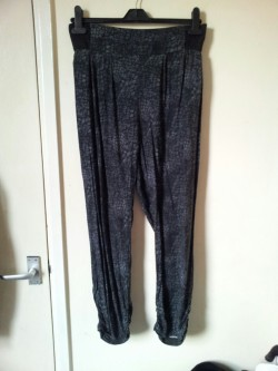 Harem trousers with black/grey snake print, size 16. Will possibly fit 14/16/18. Trousers - £3