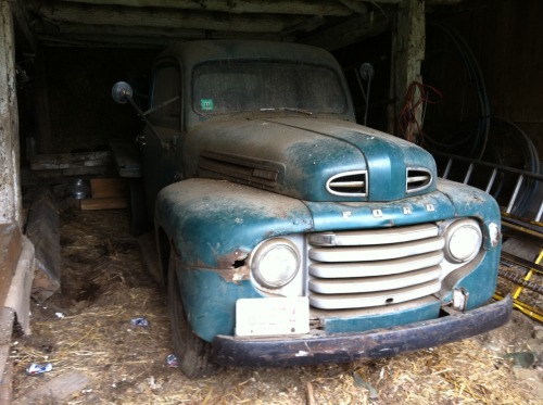 This is the old 1949 Ford F3 that I would love to fix up some day :)