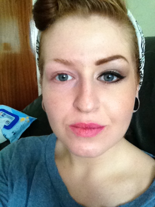 Half a face of make up. Odd, no?