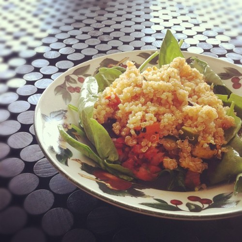 Quinoa with roasted vegetables on top of mixed greens with mango salsa dressing for #lunch #food. Not going to  lie…the quinoa mix was prepared from Andronico's…but I will definitely make my own next time! #vegetarian #eatclean #plantbased #vegan  (Taken with Instagram)
