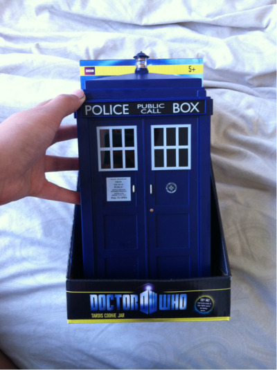 I got this for a birthday present…my friends know me so well…its a TARDIS cookie jar ;)