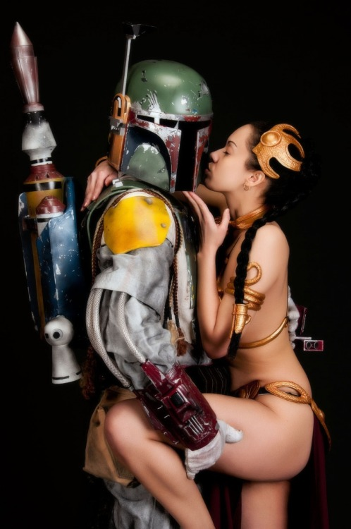 Leia loves Boba by Lola Gainsborough  Cosplayer blog / twitter / facebook