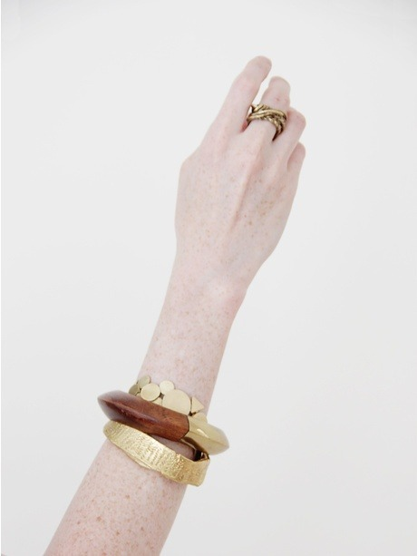 foxontherun:  (via Jewelry / Cold Picnic Etched Cuff « Pour Porter)