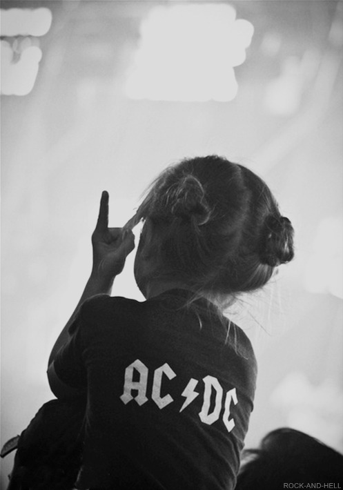 jr-pour-some-sugar-on-me:  jpinkfloydl:  Future daughter?  hell yeah!