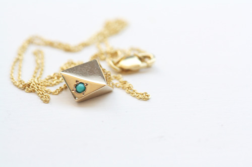 Custom MOCIUN gold diamond necklace. Turquoise set in 14K yellow gold.