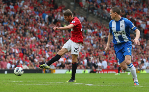 unitedlads:  Nick Powell scores the fourth goal