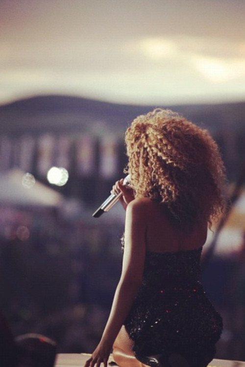 bey-on-say:  QUEEN