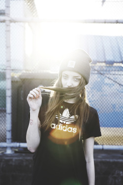 troubleisanillusion:  skate, dope and girls