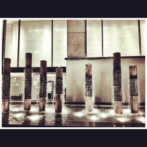 #nyc #newyorkcity #fountain  #water  #ink361 #instagram #iphoneography  (Taken with Instagram at International Center of Photography)