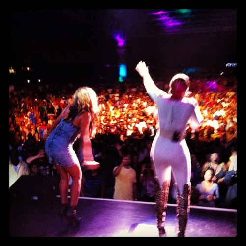 THIS is how you close a tour - I freekin sang on stage with MARY J BLIGE!!!!! #legend #liberationtour #LOVE to @brooklynnblige xo (Taken with Instagram)