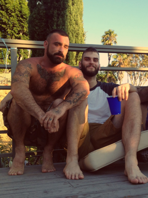 bearded bros basking on the boards… topher ;)  don't forget to follow and tweet back to BOB - @BestOfBromance