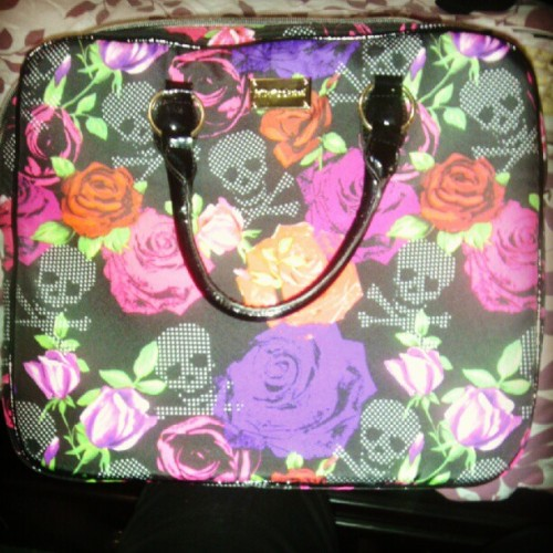 My new #betsyjohnson #laptop carrier:) #personal #love #purse #fashion #bcf (Taken with Instagram)