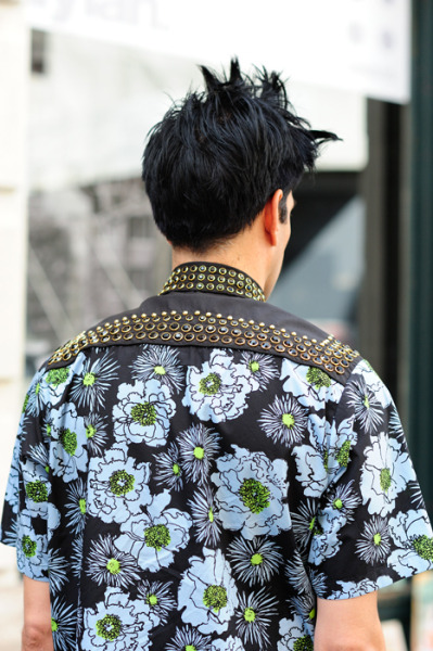 【KEEGAN: PRADA 2012 SPRING/SUMMER FLORAL STUDDED SHIRT】 MONSIEURJEROME 详情