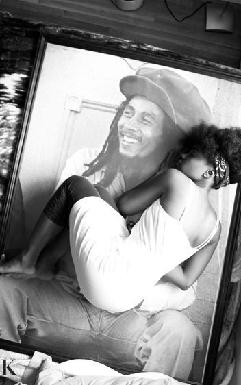 I don't like Bob Marley, but here is his daughter on his portrait.So GOD DAMNED beautiful and perfect. Brought tears.