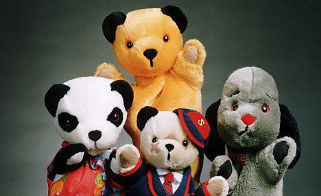 Who would love Scampi to visit Sooty, Sweep and Soo in Series 2 next year. [http://www.facebook.com/sootysweepandsoo]