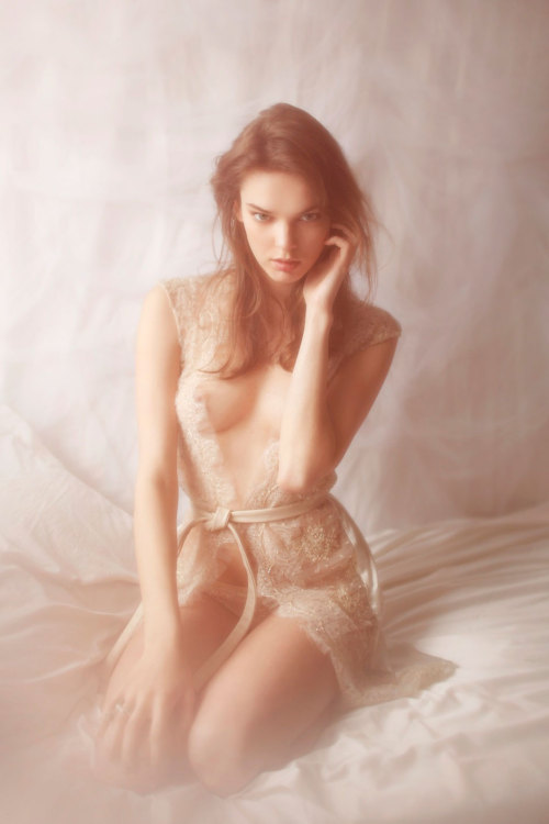 blkbrn:  Vivienne Mok for Felice Art Couture