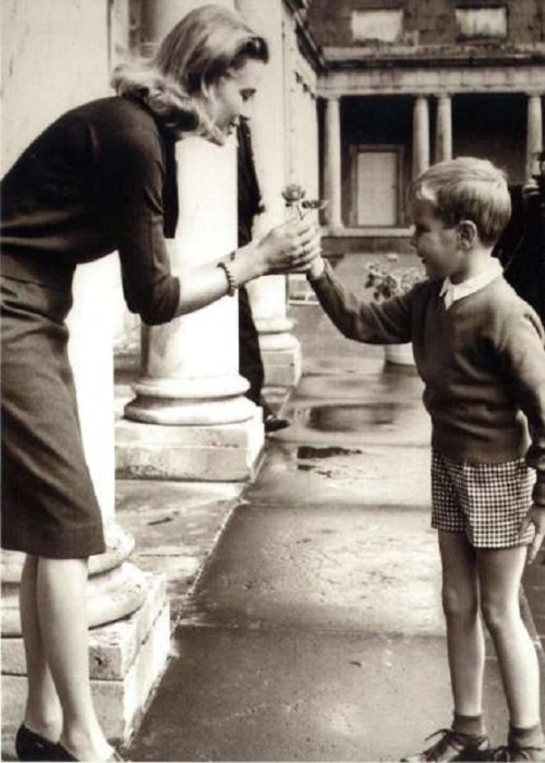 i-love-the-royalty:  Prince Albert giving flowers to his mother. He is cute!