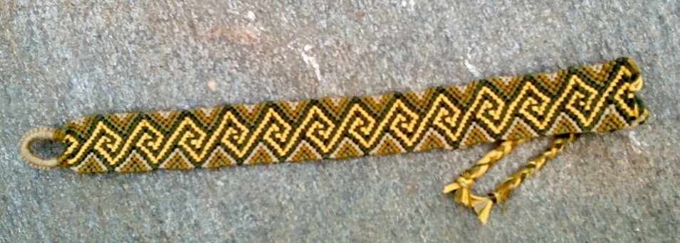pattern #43795 (http://friendship-bracelets.net/pattern.php?id=43795) friendship bracelets