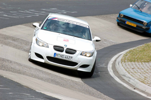 Ring tourer Starring: BMW M5 (by barrowfordred)