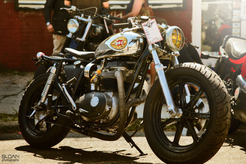 Saw this awesome custom BSA on Silodrome and have to reblog it because the photography is so good. Check out the Brett Sloan's tumblr site for more amazing pics