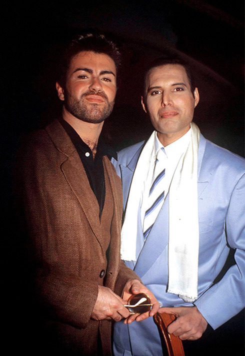 fuckyeahmercury:  Freddie with George Michael, 1990.