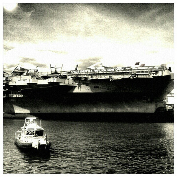 @ the Intrepid #tweegram #instagood #photooftheday #iphonesia #instamood #igers #instagramhub #picoftheday #instadaily #bestoftheday #igdaily #instagramers #webstagram #all_shots #statigram #nyc  (Taken with Instagram at Intrepid Sea, Air & Space Museum)