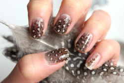 Nail art http://www.sylandsam.com/2012/05/feather-nails-tutorial.html