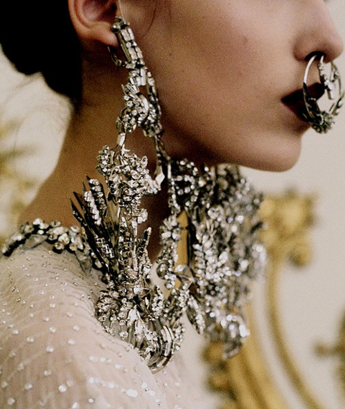 I still love the Givenchy Spring 12 Couture jewelry.