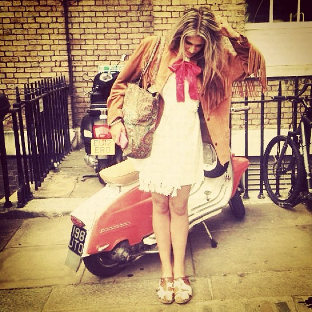 #lfw #out #slow #sunday #cow #print #clogs #white #dress #bow and #suede #cowboy #jacket #fashion #stylist #charliefi #charliefiander  (Taken with Instagram)