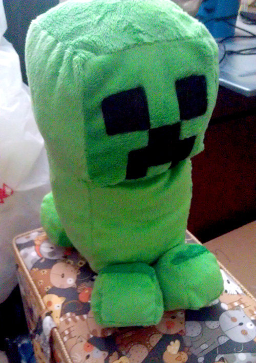 (via Creeper Minecraft Chibi Minky Plush by BlackMageDark on Etsy)