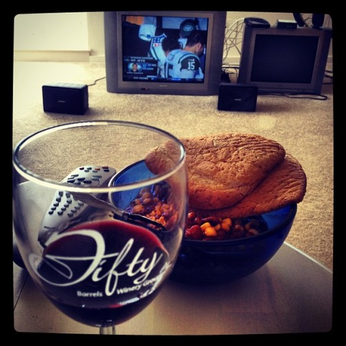 wine, chili and football. >___< yeah out of beer and had some wine left over lol #drink #wine #chili #football #sundayfunday  (Taken with Instagram)
