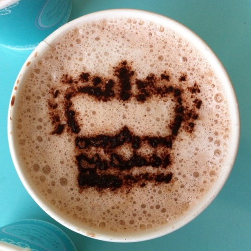 kattancock:  Hot chocolate as served at Buckingham Palace. #london #england #travel (Taken with Instagram)