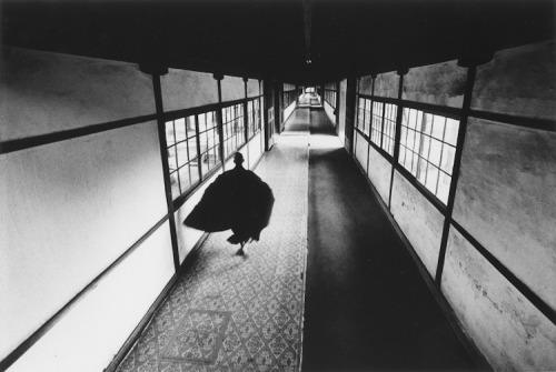 howtoseewithoutacamera:  by Ikko Narahara Zen #08. From the series: 'Japanesque', 1969