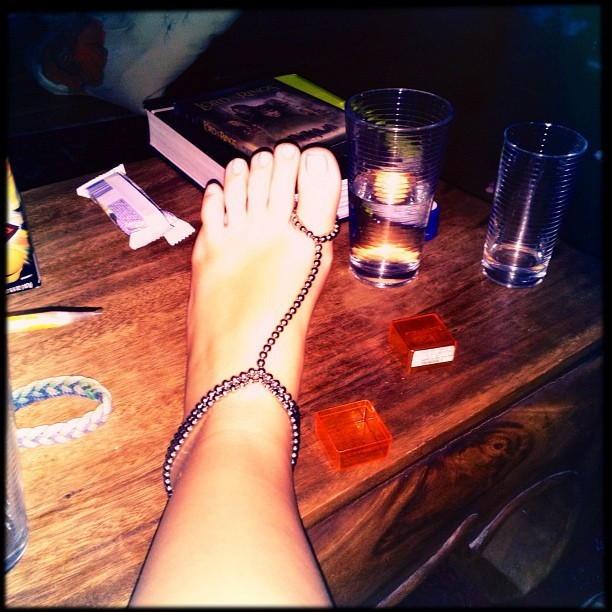 #foot #buckyballs #magnetic #silver #table #jewlary #anklet #hipstamatic #instagood  (Taken with Instagram)