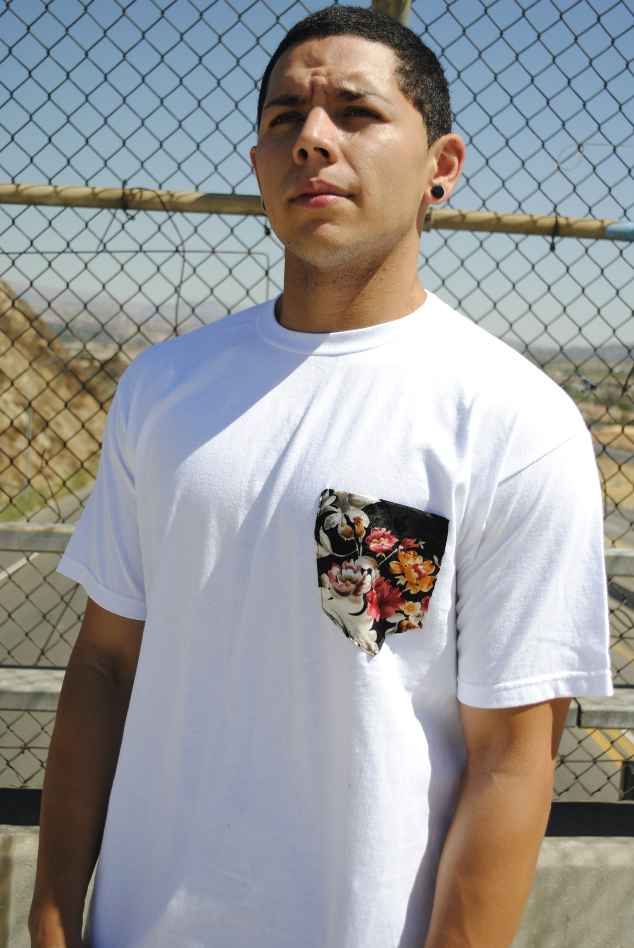 flower pocket tee