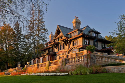 New, shingle manor on Lake Skaneateles in NY. Meyer & Meyer.