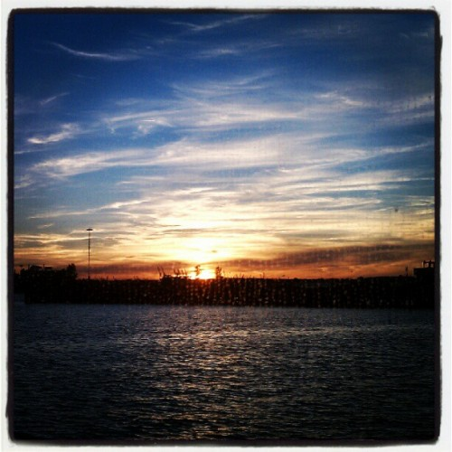 09152012 #NY #Water #Taxi // #Sunset on the way back to #Manhattan from #IKEA #Brooklyn :) // #NYC #Beautiful #Sun #Colors #Nature #Sky  (Taken with Instagram at NY Water Taxi - IKEA Ferry)