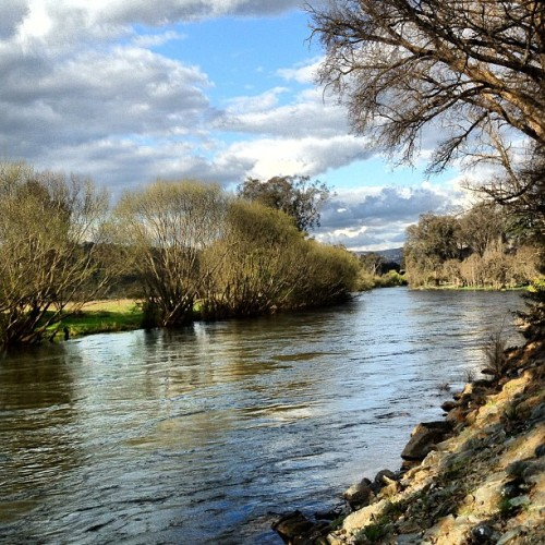 countingdownthekilosx:  #river #landscape  (Taken with Instagram)