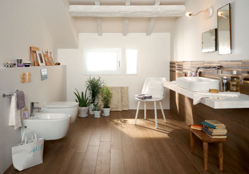 myidealhome:  cozy bathroom (via Pics of Creative Wings)