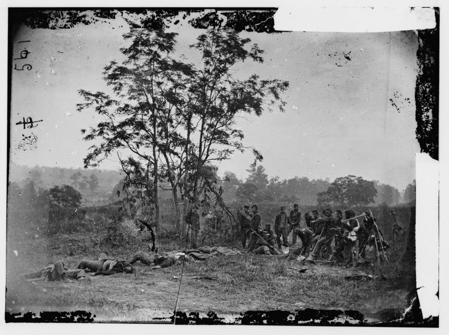Burying the dead Confederate soldiers On the 150th anniversary of the Battle of Antietam, Alexander Gardner's battlefield photographs of America's bloodiest day remind us of the arresting power of conflict photography. See more photos here.