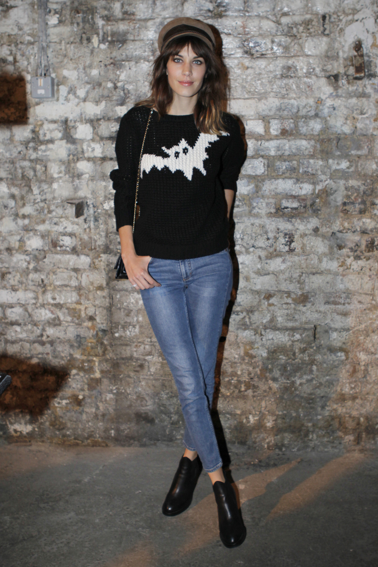 Alexa Chung at London Fashion Week / Photographer: Anthea Simms Click here for more street style snap from across the pond.