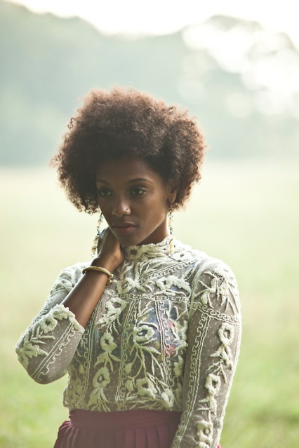 Marian Mereba is an Ethiopian singer based in Philadelphia, Pennsylvania. Like many of the artists and models I feature here, I couldn't find much on her. I found a myspace, tumblr and short interview but there wasn't too much about her background, inspiration, etc. If you know anything I skipped tell me in the comments! see more pictures!