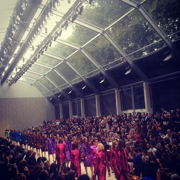 Amazing end @burberry #lfw  ❤ (Taken with Instagram at Albert Memorial)