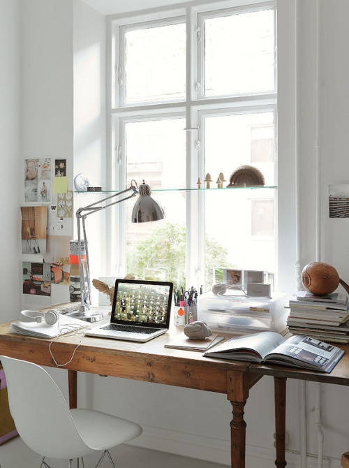 (via Now & Then: Home of Stylist Emma Persson Lagerberg | decor8)