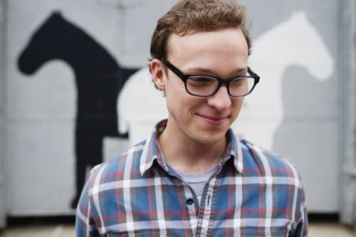The Soul of Ben Sollee A classically-trained cellist, an in-demand Americana accompanist, a soulful singing solo artist, a ballet score composer, and a bike-riding environmentalist – these are accurate ways to describe the multi-talented Ben Sollee. The Kentucky native's young career has been notable for its artistic diversity and creative productivity. This year alone he has put out a live album (Live at the Grocery on Home), had two ballet scores produced (Dangerous Liaisons and Sansei), biked to his show at the Newport Folk Festival, and now his latest studio album, Half-Made Man is set for release on September 25th. Half-Made Man, which he financed with fan funding, reveals his ever-evolving musical sound, combining elements from folk, pop, soul, and classical styles and making them his own. The album also features contributions from Abigail Washburn, My Morning Jackets'guitarist Carl Broemel, and Turtle Island Quartet fiddler  Jeremy Kittel. Sollee talked recently about his new album, his musical inspirations and his dream of being a dancer. Click here to read more