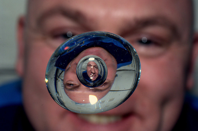 nevver:  Bubble Inside a drop of water aboard the ISS